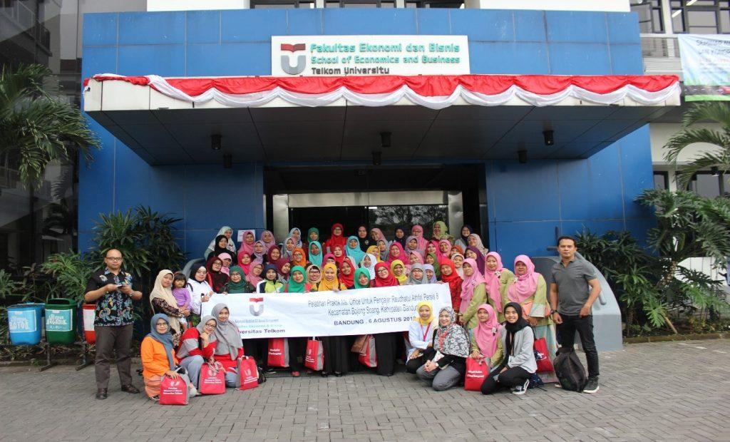 Pelatihan Teori & Praktik Komputer Untuk Ikatan Guru Raudhatul Athfal (IGRA), Kecamatan Bojong Soang, Kabupaten Bandung